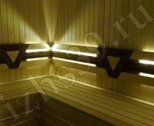 Парилка в бане: отделка из липы, освещение - led-лента - фото