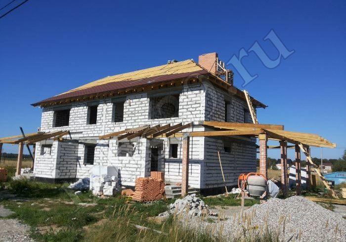 Монтаж крыши здания