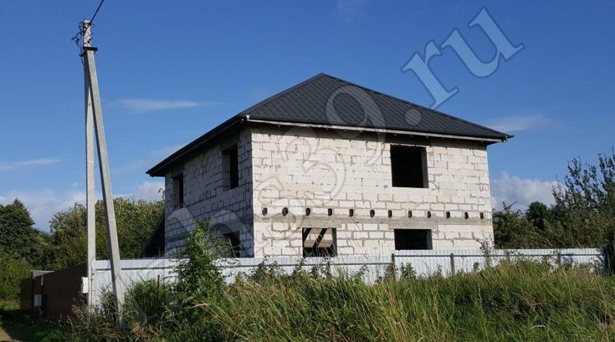 Кровельные работы. Ремонт кровли в Калининграде. Монтаж кровли из металлочерепицы. Строительные работы. Строительство домов. Строительная компания.