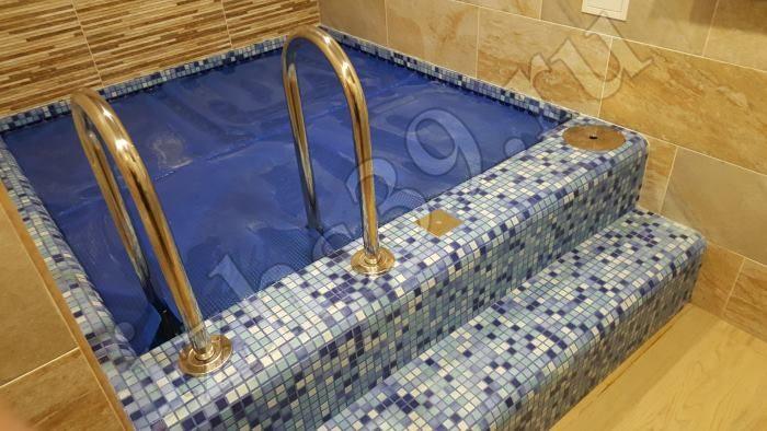 Отделанная купель в бане