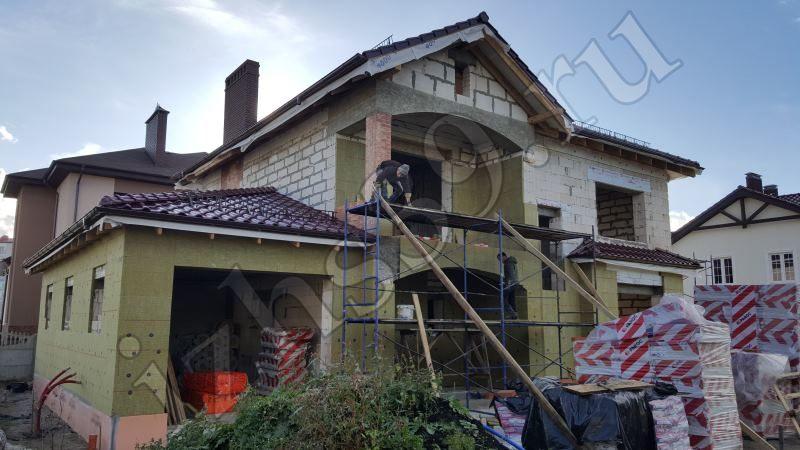 Начало работ по утеплению фасада - фото