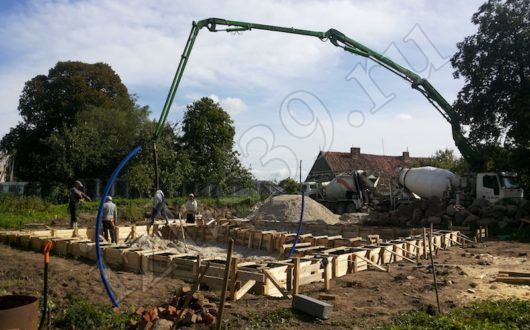 фото строительства фундамента в Янтарном